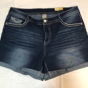 Faded glory denim shorts. Size 20.